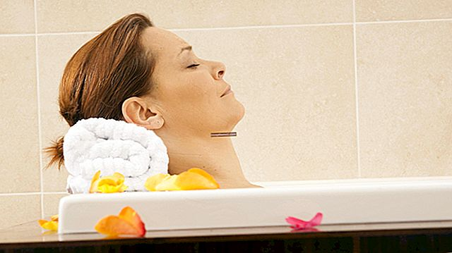 Những lợi ích của bồn tắm.